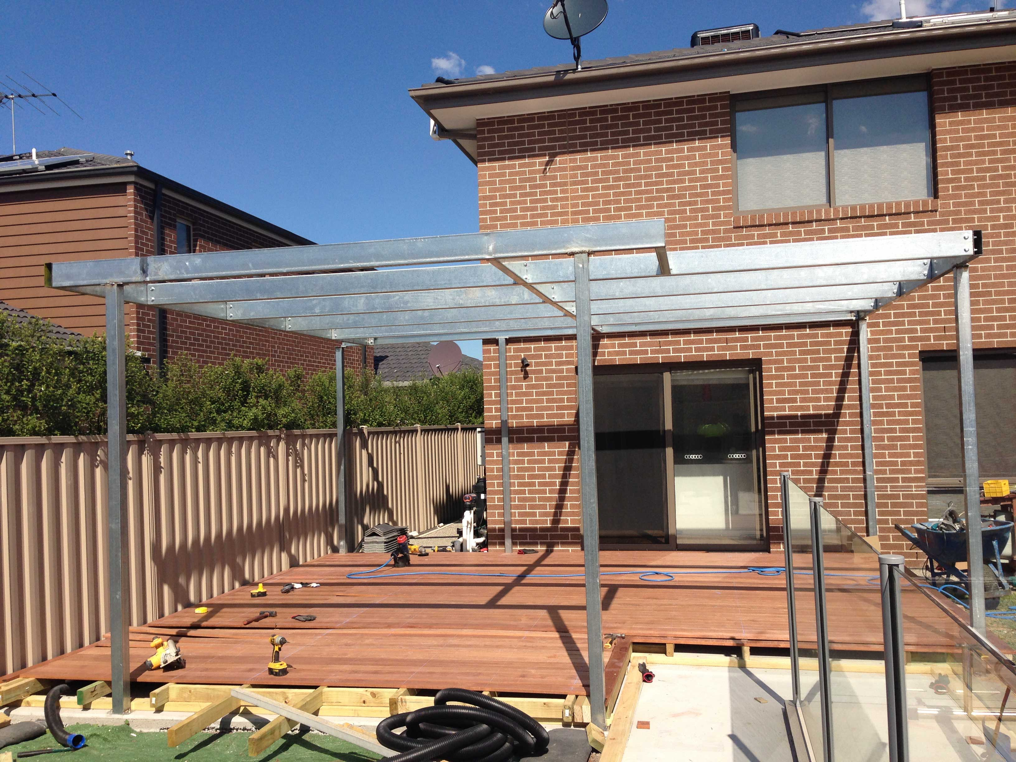 Install a decking in western suburbs victoriabuilding for Metal frame pergola designs